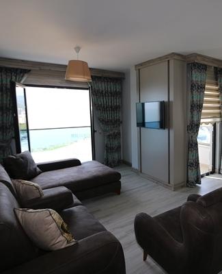 3 + 1 Suite Room